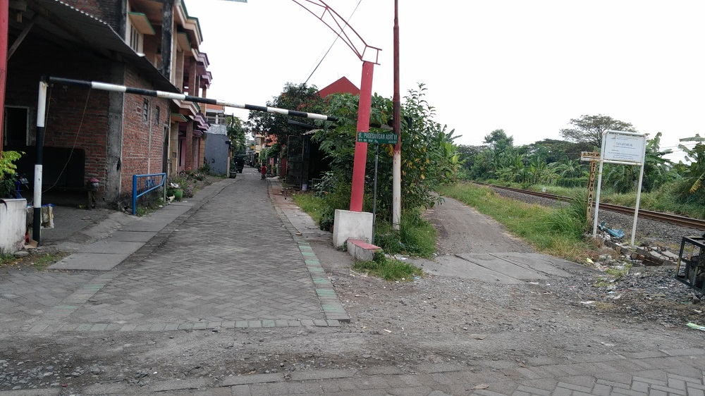 gerbang rumah surabaya