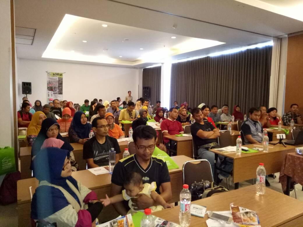 gathering customer rumah syariah surabaya