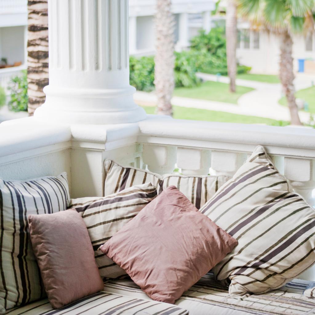 Tips Menata Balkon Rumah Minimalis